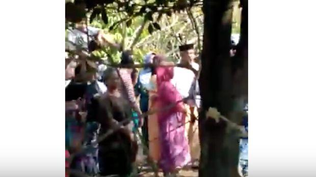 Warga Sempat Tonton Jenazah Agus yang Tergantung di Pohon Nangka