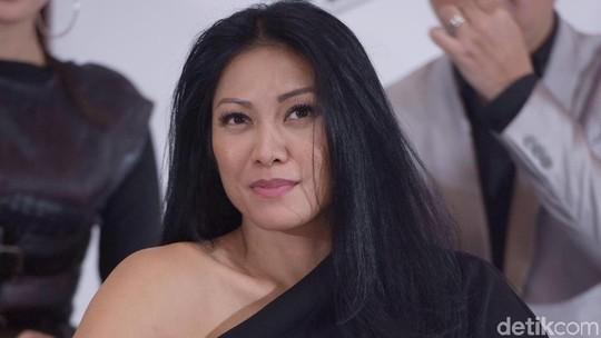 Luna Maya, Anggun, Sophia Latjuba hingga Tas Mewah Amel Carla