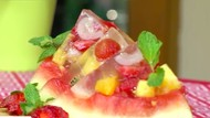 Sore-sore Enaknya Bikin Jelly Semangka untuk si Kecil Yuk, Bun