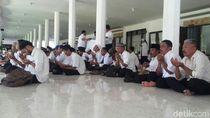 Ribuan Honorer Banyuwangi Protes Persyaratan Rekrutmen CPNS