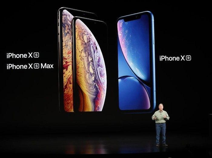 Bingung mau pilih iPhone XR, iPhone XS, atau iPhone XS Max? (Foto: Reuters)