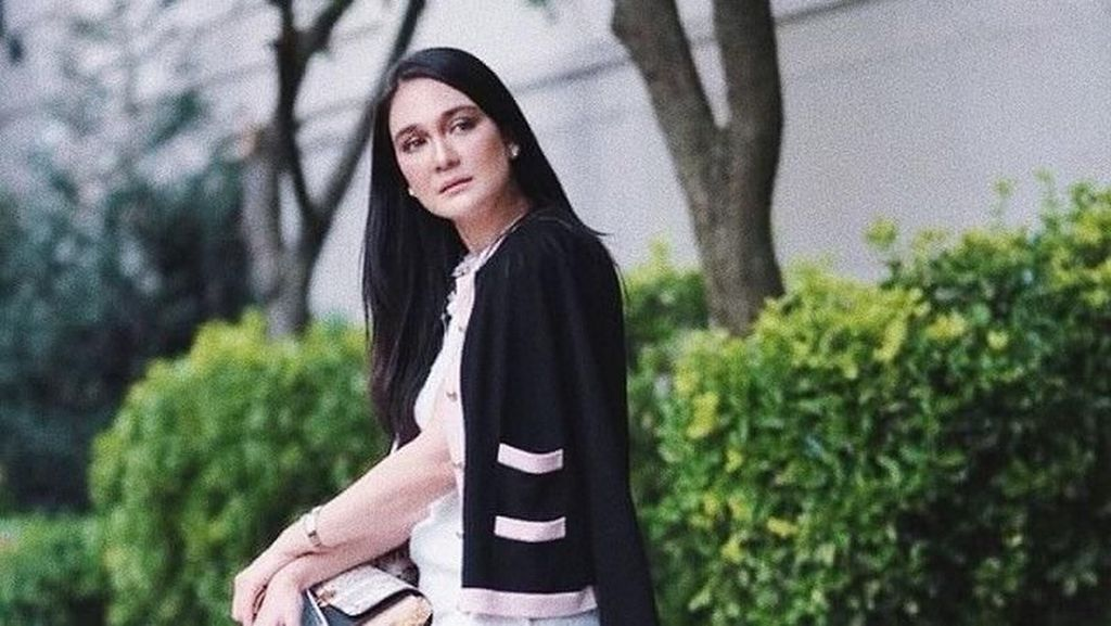 Adu Gaya Luna Maya hingga Andien di New York Fashion Week