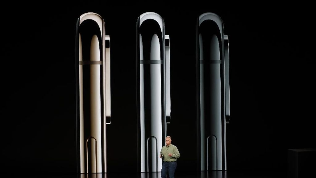 Smartfren Bakal Jualan iPhone XS di Indonesia?
