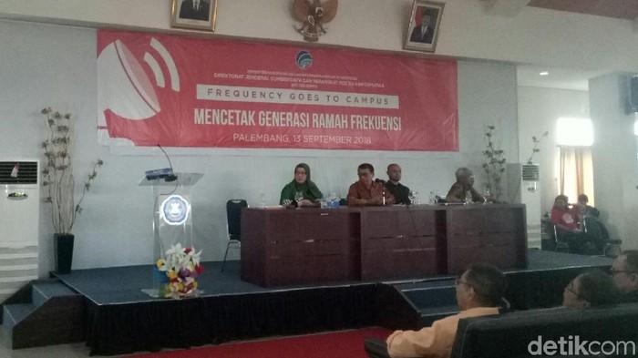 Agenda acara Frequency Goes to Campus di Palembang di antaranya membahas uji coba 5G (Foto: Raja Adil Siregar/detikINET)