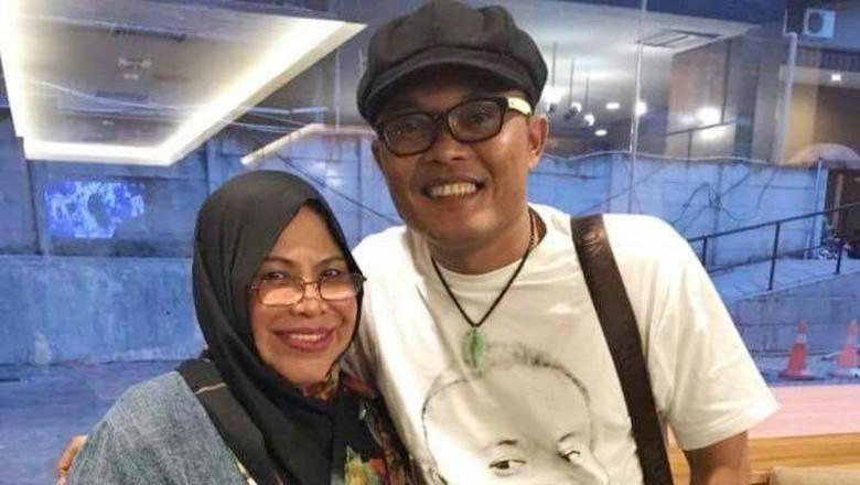 Sule dan mantan istri Teddy (pria yang menikahi Lina) Foto: Dok. Ist