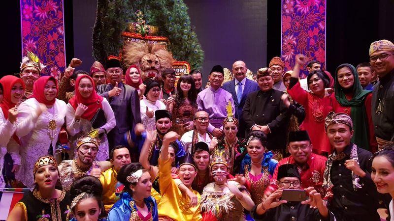 Indonesia Cultural Festival 2018 digelar di Haydar Aliyev Sarayi, Baku, Azerbaijan pada Kamis malam (13/9). Menteri Pendidikan Azerbaijan Abulfaz Garayev dan ribuan warga Azerbaijan ikut hadir (dok ICF 2018)
