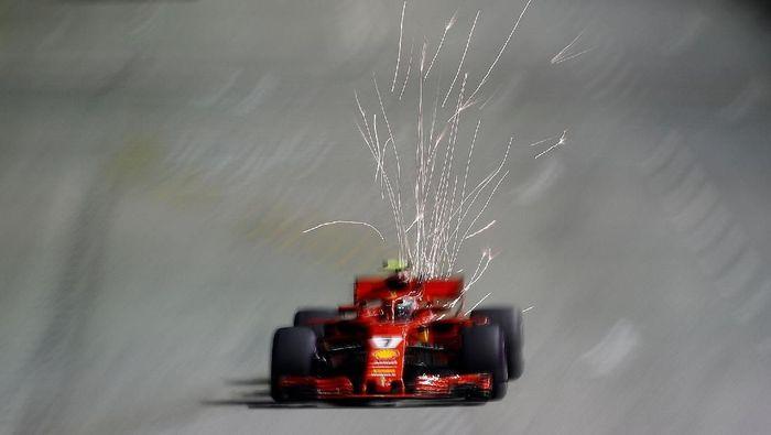 Kimi Raikkonen jadi yang tercepat di sesi kedua FP2 GP Singapura (Edgar Su/Reuters)