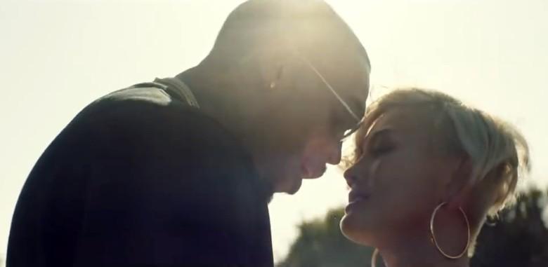 Mesra dengan Chris Brown di Klip Baru, Agnez MO Duduk Sebagai Sutradara