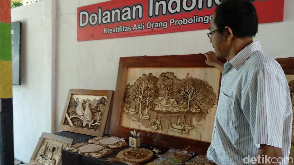 Tengok Indahnya Lukisan di Kayu Limbah Karya Seniman Probolinggo