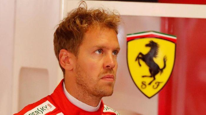 Sebastian Vettel menilai teknologi mobil listrik salah kaprah. (Foto: Stefano Rellandini/Reuters)