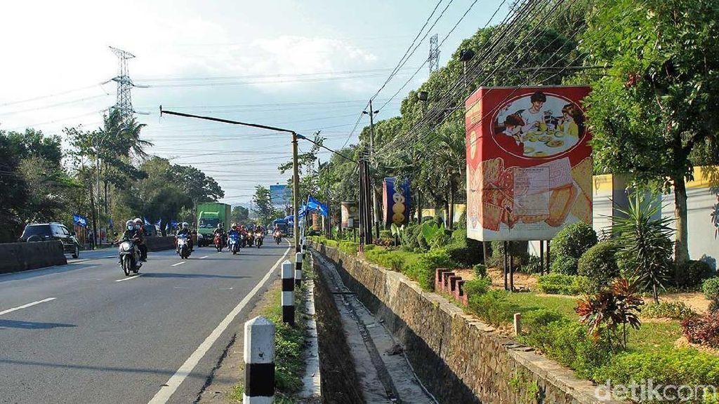 Menemukan Ayah Khong Guan yang Hilang di Semarang