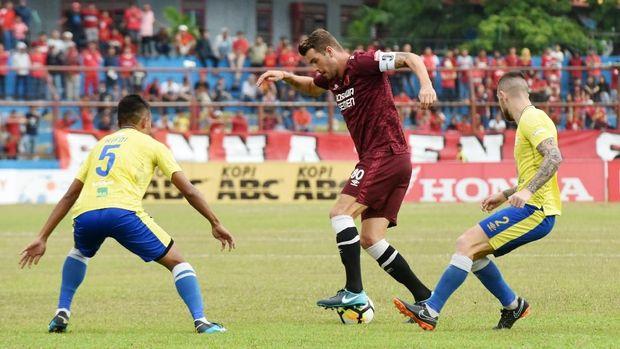 PSM Makassar unggul empat poin dari Persija dan Persib hingga pekan ke-20 Liga 1 2018.
