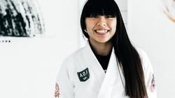 Jessa Khan bisa dibilang sebagai atlet muda berprestasi. Dirinya memegang gelar juara dunia dalam olahraga Jiu Jitsu. Seperti apa sih latihannya?