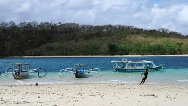Pesona wisata gili di kawasan Sekotong, Lombok Barat