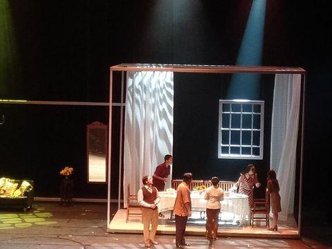 'Opera Ainun' Kisahkan Cinta Habibie dan Ainun dalam Alunan Nada