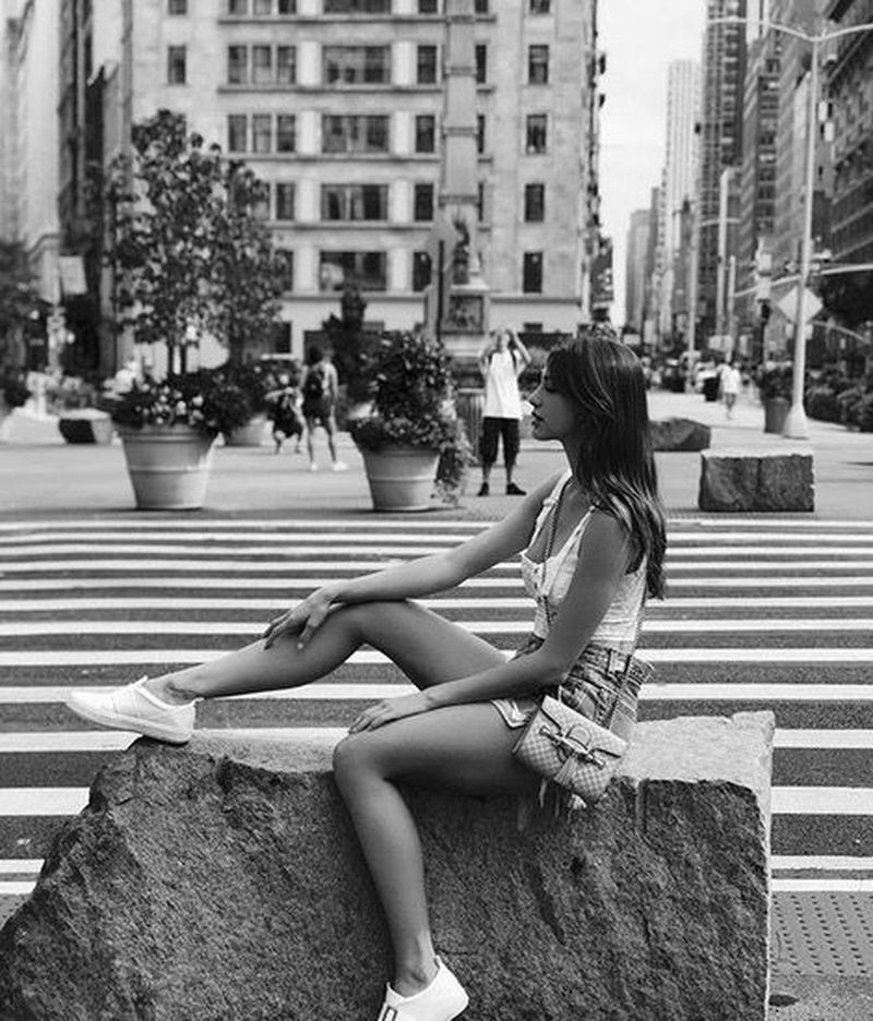 Celine Farach jadi model dan penyanyi populer di internet. Ia sering mengunggah kegiatan liburannya di Instagram (celinefarach/Instagram)
