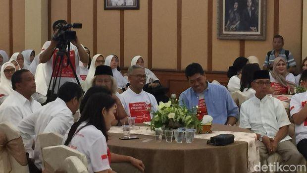 Berkaus Team 08, Buni Yani Hadiri Deklarasi Emak-emak Dukung Prabowo