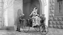 Manusia Pertama yang Mengemudi Mobil adalah Wanita