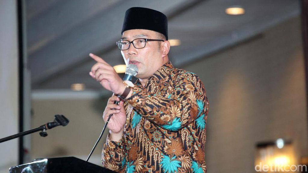 Ridwan Kamil Punya Jurus Agar Tol Jakarta-Bekasi Nggak Macet Lagi