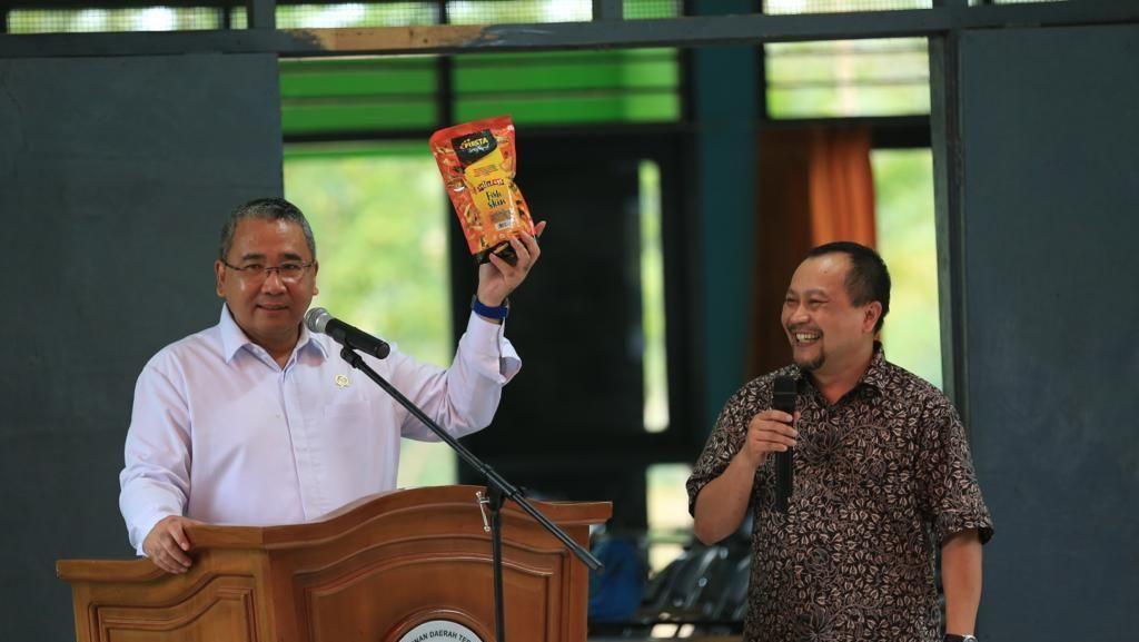 Kunjungi Bengkulu, Mendes Tawarkan Usaha Makanan Olahan Ikan Patin