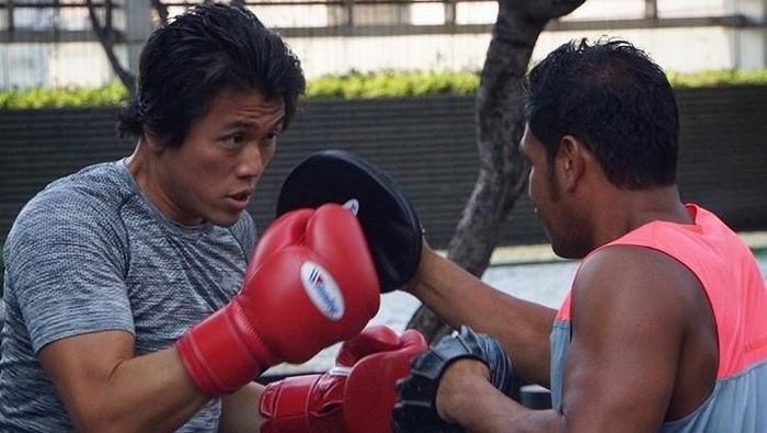 Reino Barack rutin melakukan boxing. (Foto: Instagram/reinobarack)