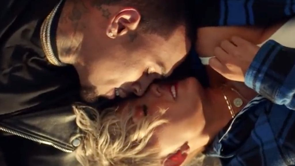 Kocak! Ada Video Parodi Agnez Mo dan Chris Brown Overdose