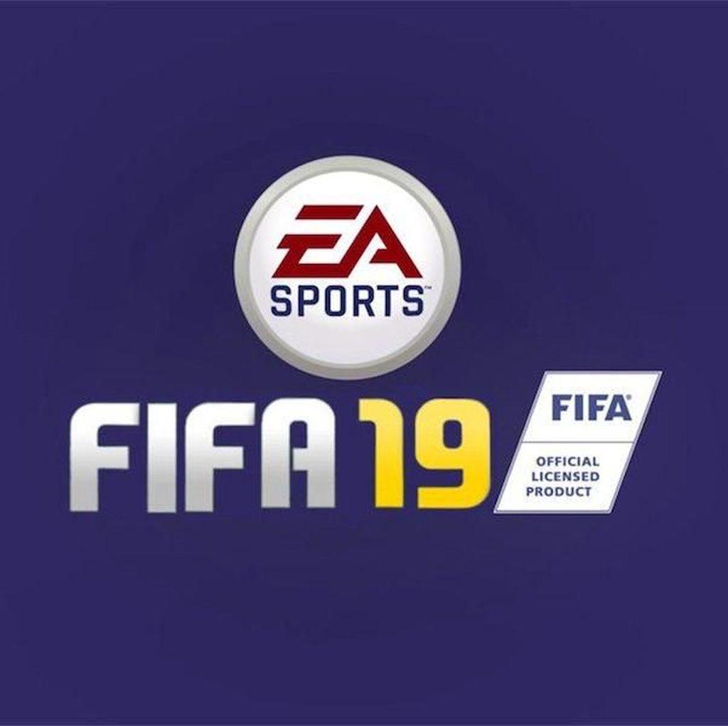 Momen Bikin Ngakak FIFA 19: Tutupi Rekan Sendiri Saat Foto Tim