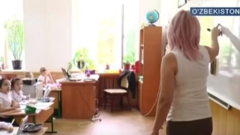 Sengit! Perdebatan Soal Guru Pakai Rok Pendek di Sekolah Uzbekistan
