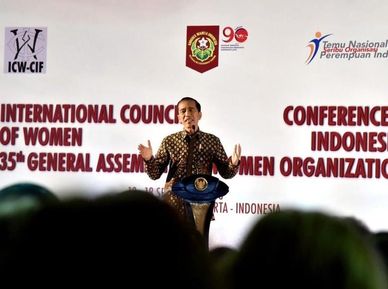 Kala Jokowi Hentikan Sejenak Pidato Saat Azan Berkumandang