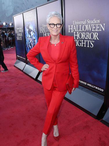 Jelang Usia 60 Tahun, Aktris Hollywood Ini 'Takut' Lihat Cermin