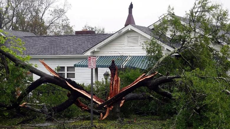 Badai Florence di AS Tewaskan 5 Orang Termasuk Ibu dan Bayinya