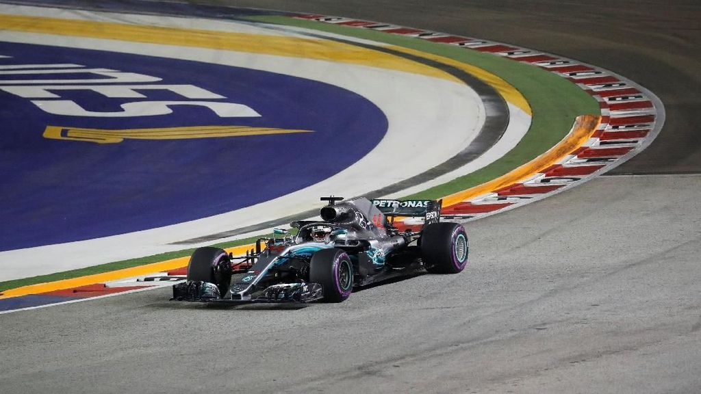 Video: Hamilton Juara GP Rusia, Bottas Finis Kedua