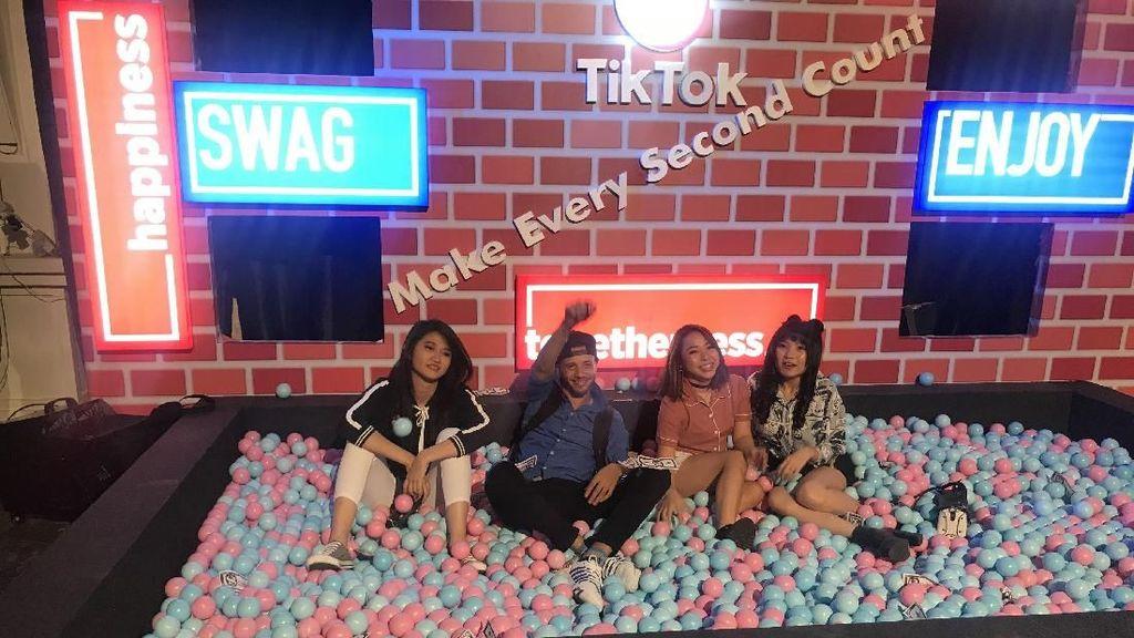 Kreator Video Kumpul dan Sharing di TikTok Gala Indonesia