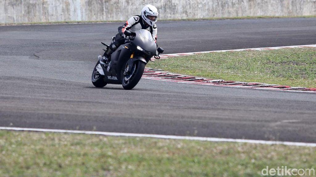 Kata Ganindra Bimo Soal Motor Marc Marquez versi Jalan Raya