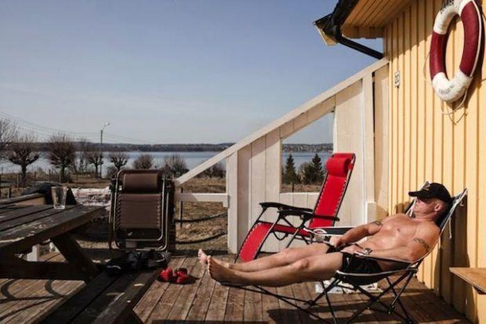 Penjara Bastoy, terletak di Pulau Bastoy, Oslofjord, Norwegia ini membuat narapidananya dapat menikmati kemewahan seperti tenis, berkuda, memancing, dan berjemur. Istimewa/Scoopwhoop.