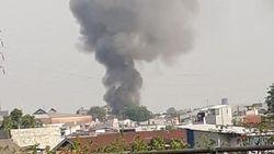 Toko Gas di Pasar Grogol Terbakar