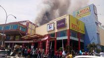 Kebakaran Terjadi di Rita Supermall Tegal