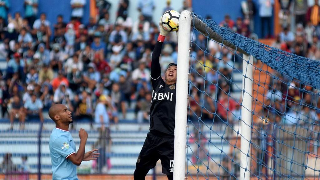 Tundukkan Bhayangkara FC, Aji Santoso Puji Pemain Setinggi Langit