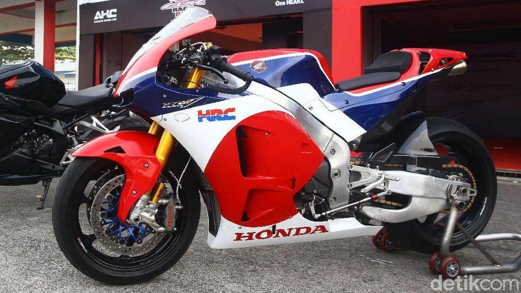CBR Sampai Motor Marquez Hadir di Indonesia CBR Race Day