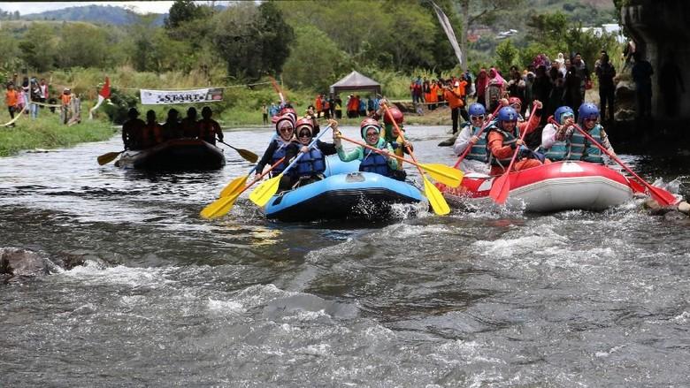 Rafting di Sungai Lukup Badak, Aceh Tengah (dok Dinas Pariwisata Aceh)