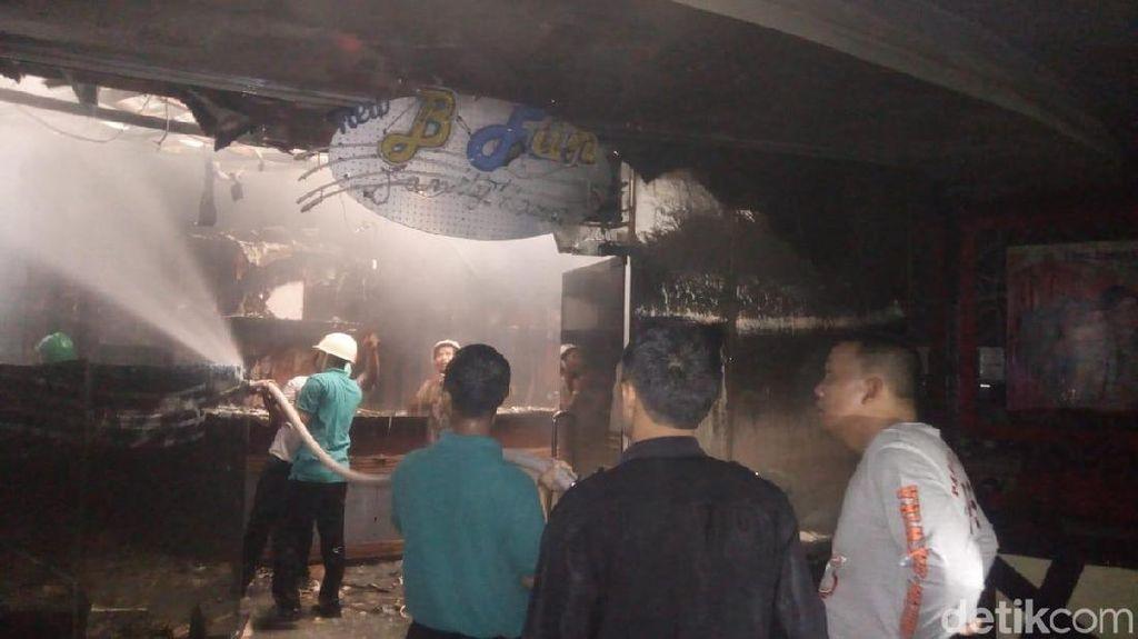 Kebakaran Rita Supermall Tegal Padam, Ini Dugaan Sumber Api