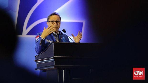 Ketum PAN Zulkifli Hasan memilih bergabung dengan kubu 02 pada Pilpres 2019.