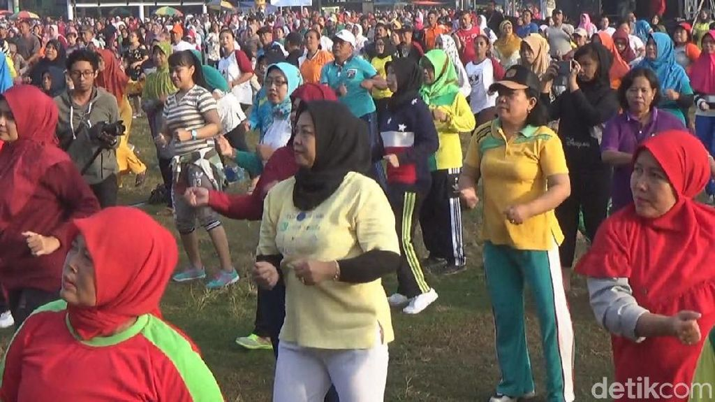 Begini Cara Ribuan Warga Jombang Rayakan Kesuksesan Asian Games