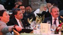 Cerita Fahri Hamzah Soal Perjuangan Bung Karno Bangun Tampaksiring