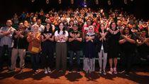 Jalin Keakraban, Menaker & Serikat Pekerja Nobar Film Wiro Sableng