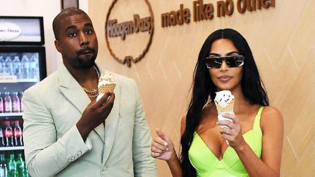 Ini Bukti Kalau Kanye West Doyan Makan Es Krim