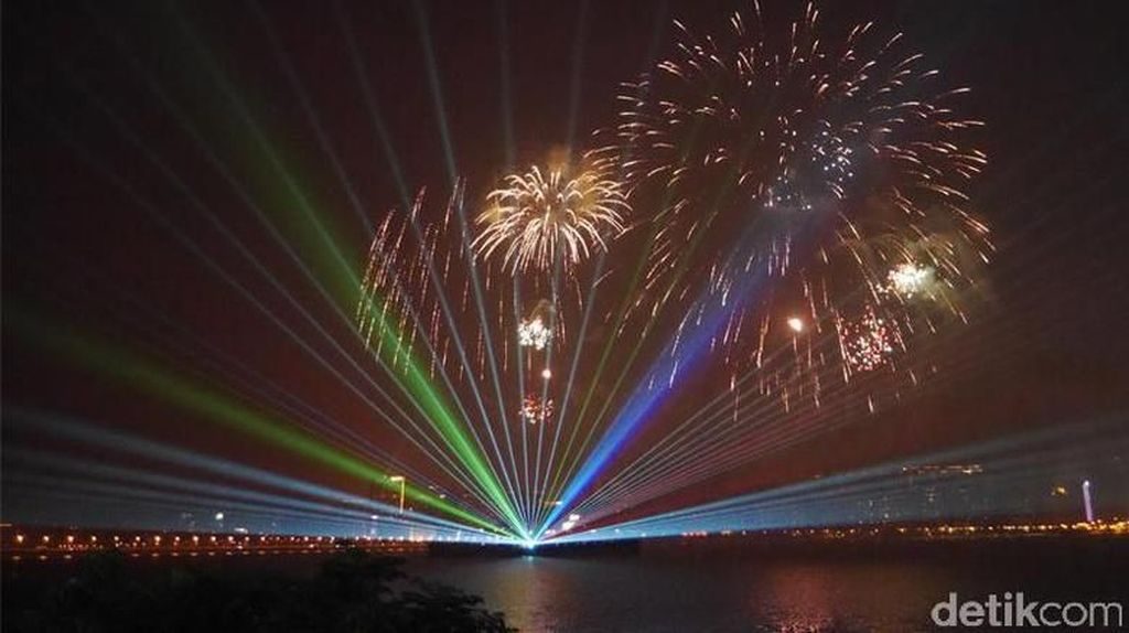 Kontes Kembang Api Macau Ditunda Gara-gara Topan Mangkhut