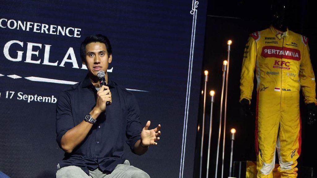 Sean Gelael dan Pebalap F1 Ini Galang Dana untuk Korban Gempa Lombok