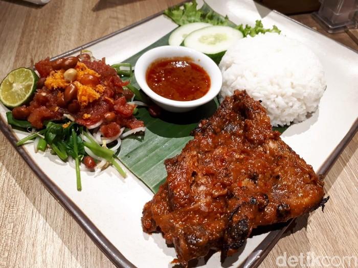Taliwang Bali Puas Makan Nasi Ayam Taliwang Yang Pedas Nyengat