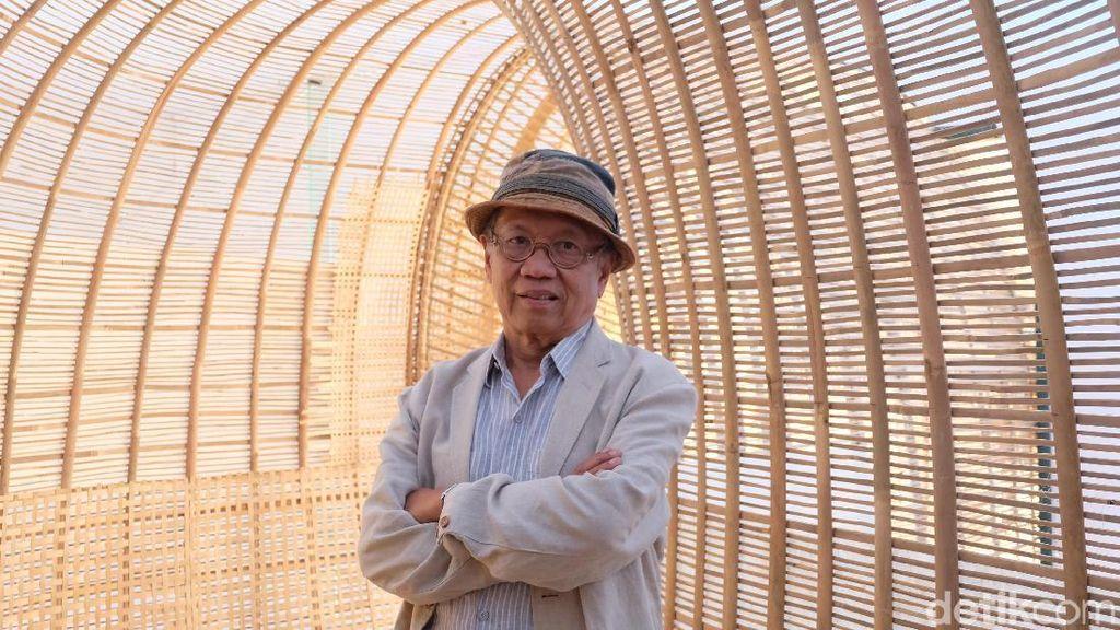 Pakai Material Bambu, Perupa Sunaryo Tak Masalah Karyanya Mudah Rapuh